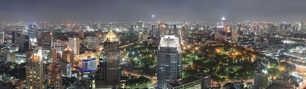 4096px-Bangkok_Night_Wikimedia_Commons